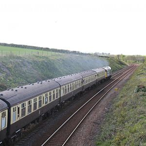 40 145 powers towards Bodmin, passing Dobwalls