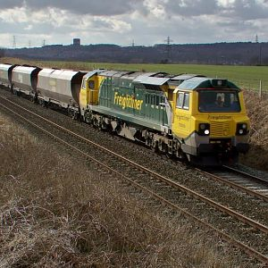 2010 Mar 01 - Powerhaul 70 on 6F02 @ Daresbury, Cheshire