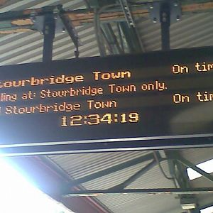 Info display board at Stourbridge Junction