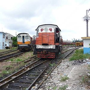 Shunting at the freight yard in Havana