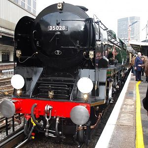 Merchant Navy No. 35028 Clan Line about to leave london victoria for Guildford on the VSOE Luncheon Excursion on 14th February 2009.