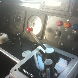 The driving controls of DBSO 9714.