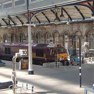 67002 'Special Delivery' sits in Platform 12.