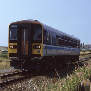 153379 departs from Aberdovey enroute to Machynlleth, on a sweltering Saturday afternoon, July 1994.