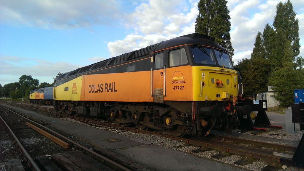 47727 Rebecca joins 47739 Robin of Templecombe at Wimbledon top yard 31/08/14