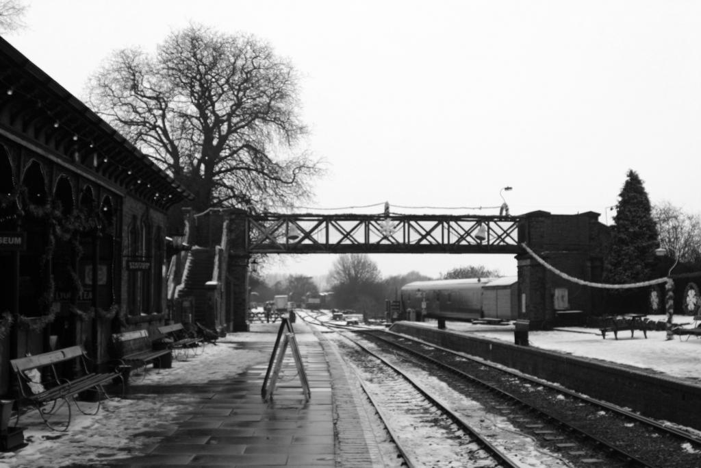 Black and white view of ashby/leicester direction