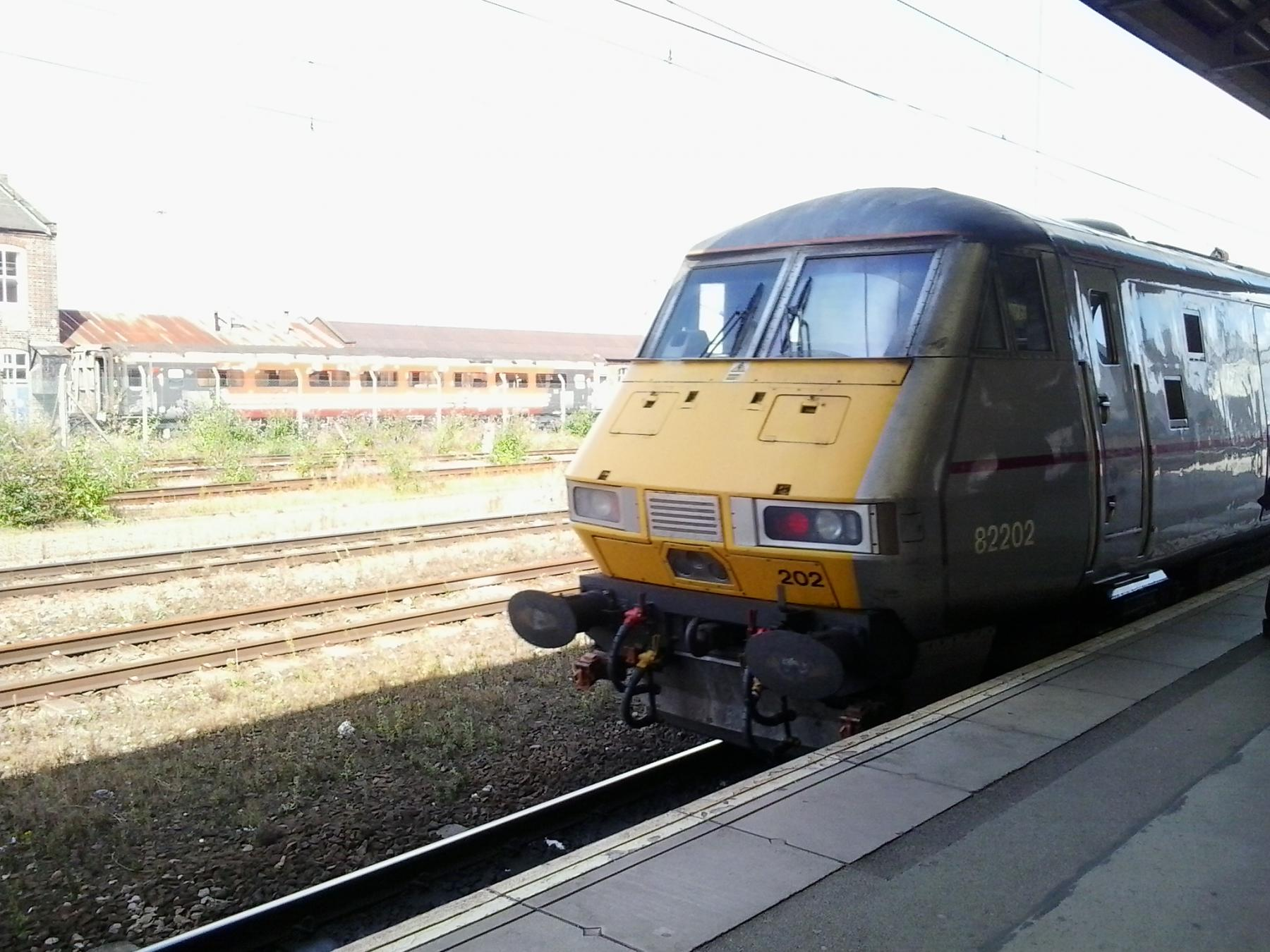 Intercity 225 in Donny.